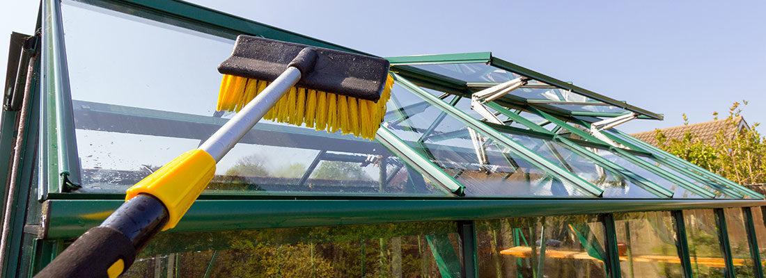 les perches telescopiques pour les endroits inaccessibles en hauteur